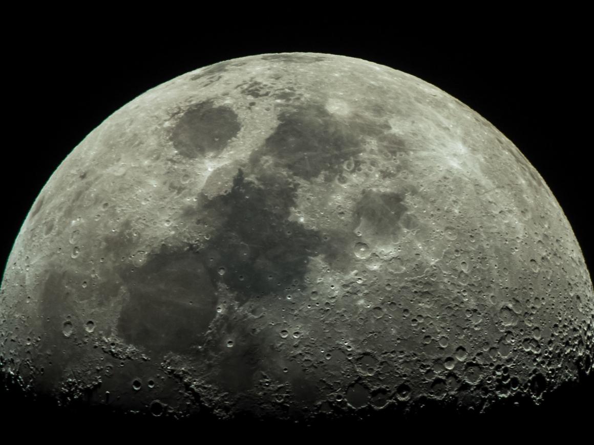 Не вставай с дивана - NASA провело виртуальный тур по Луне