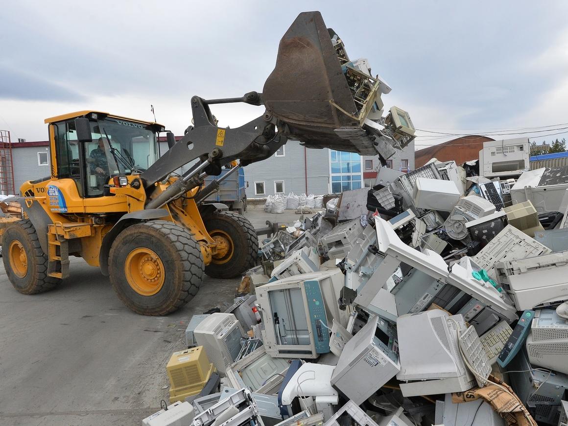 В Африку нелегально везут тонны электронного мусора. Главный злодей - Германия