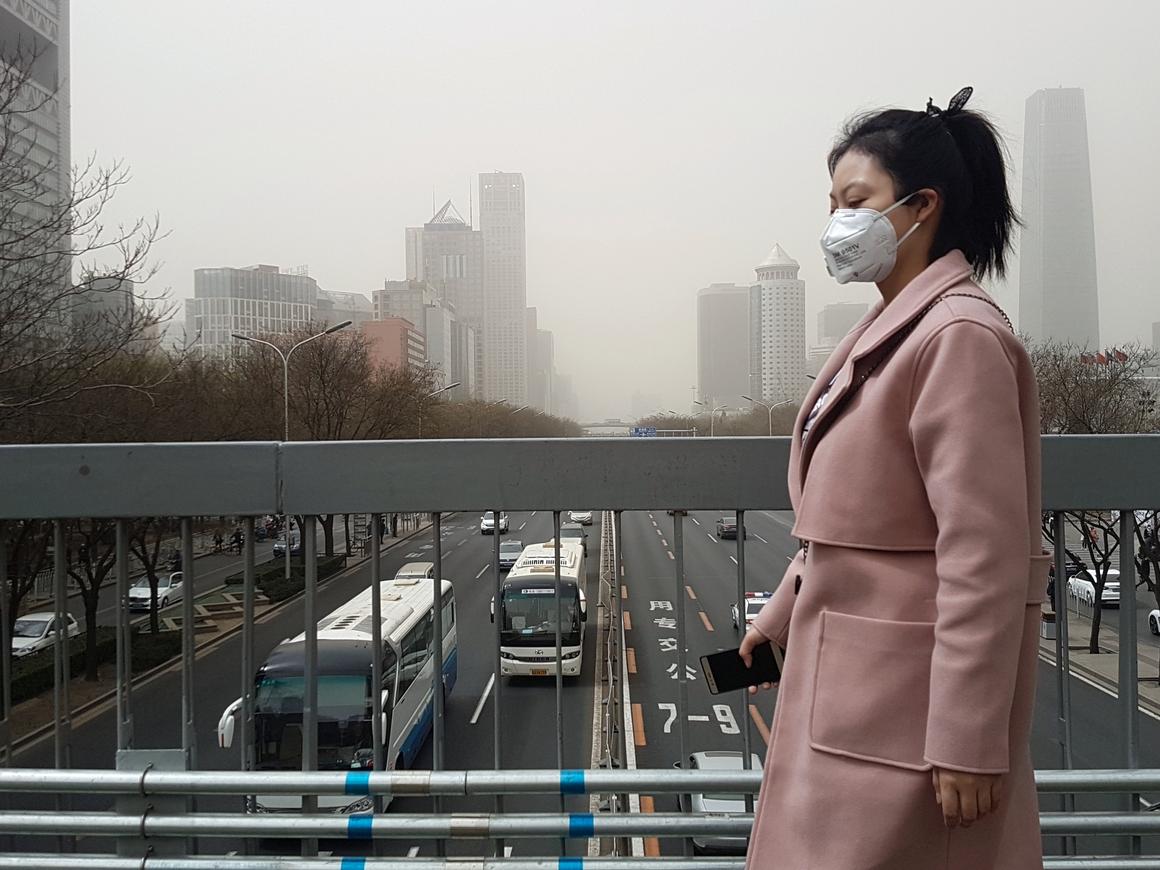 Самый большой очиститель воздуха в мире появился в Китае. Да, им точно надо