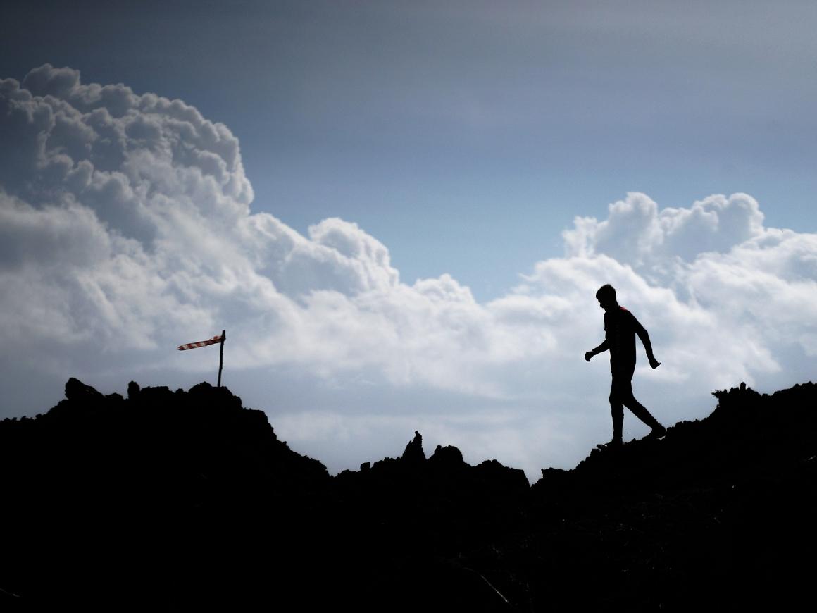 Всё ты можешь! - Парализованный мужчина пробежал марафон в экзоскелете