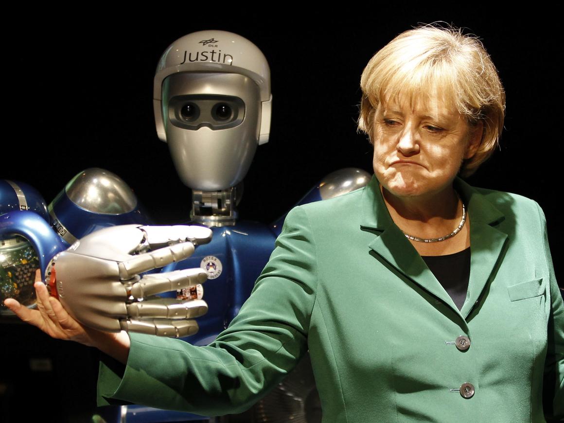 Ангела Меркель устроила женский День науки и нашла нового друга