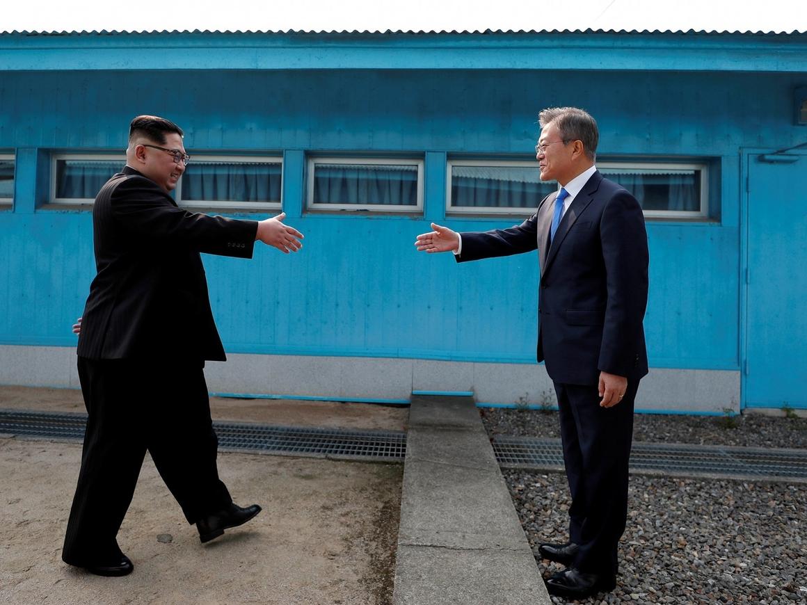 Историческое воссоединение: лидеры КНДР и КНР подписали совместную декларацию