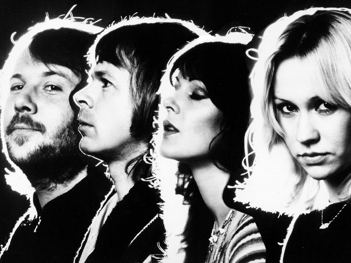 ABBA выступит в виде аватаров спустя 35 лет после распада группы