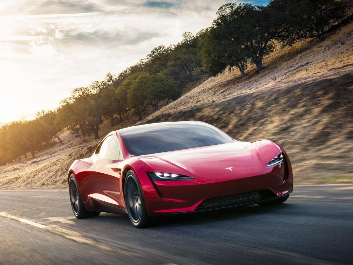 Водитель Tesla лишился прав за езду на пассажирском сидении