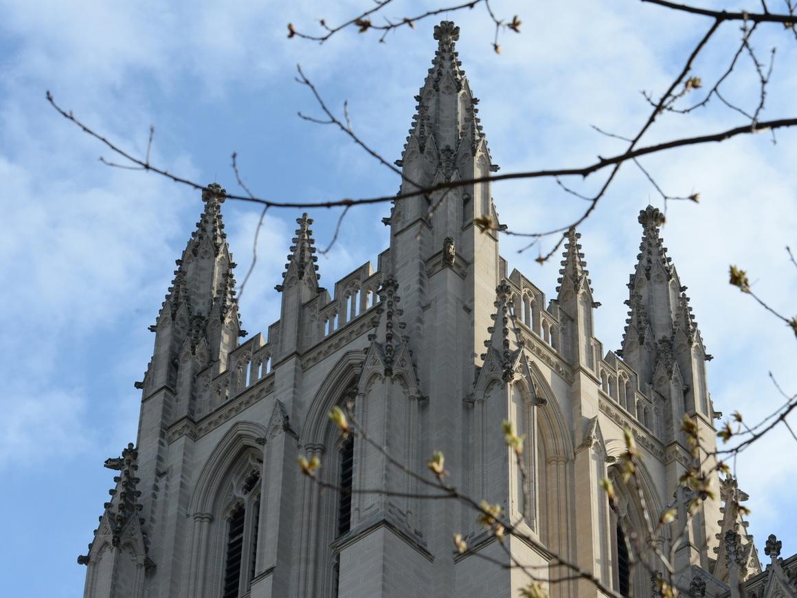 Главой Англиканской церкви в Канаде станет женщина. Верующие феминистки ликуют