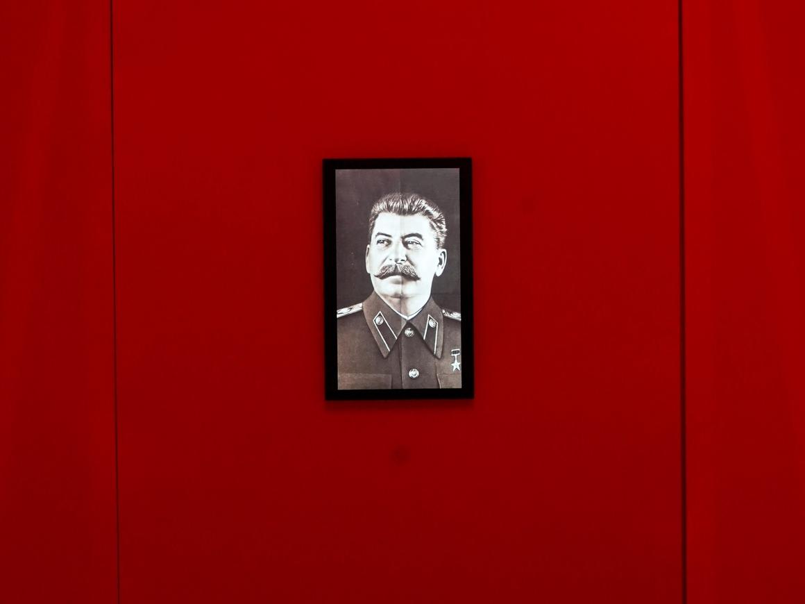 """""""Сталина на вас нет!"""" - говорили они. А вот и есть, захватывает интернет"""
