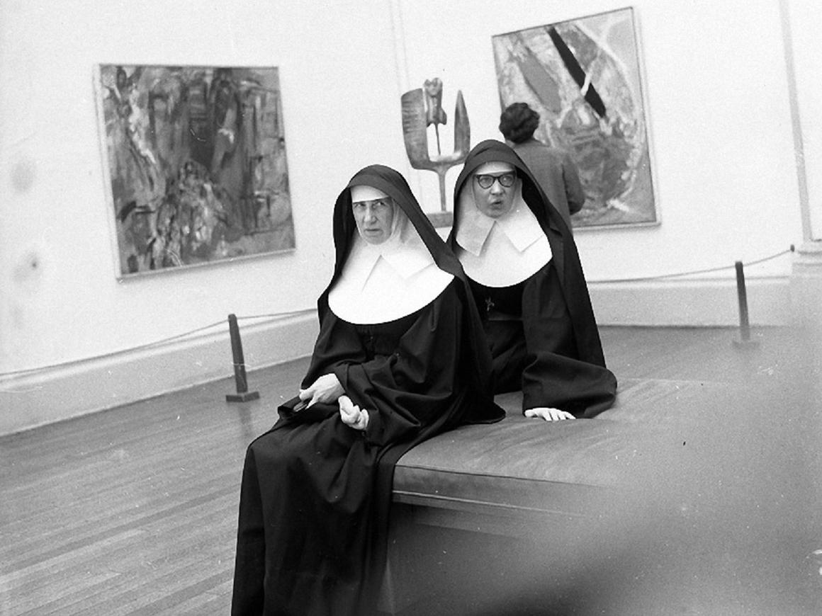 """""""Не поминайте Бога в Twitter"""" - Папа Франциск учит монахинь общаться в интернете"""
