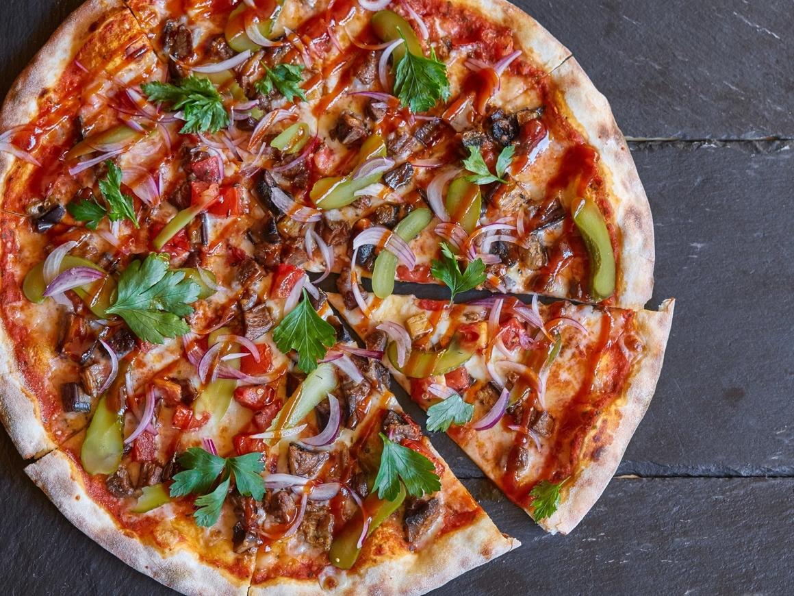Испанские умельцы сделали дрон из пиццы - он съедобен и отлично работает