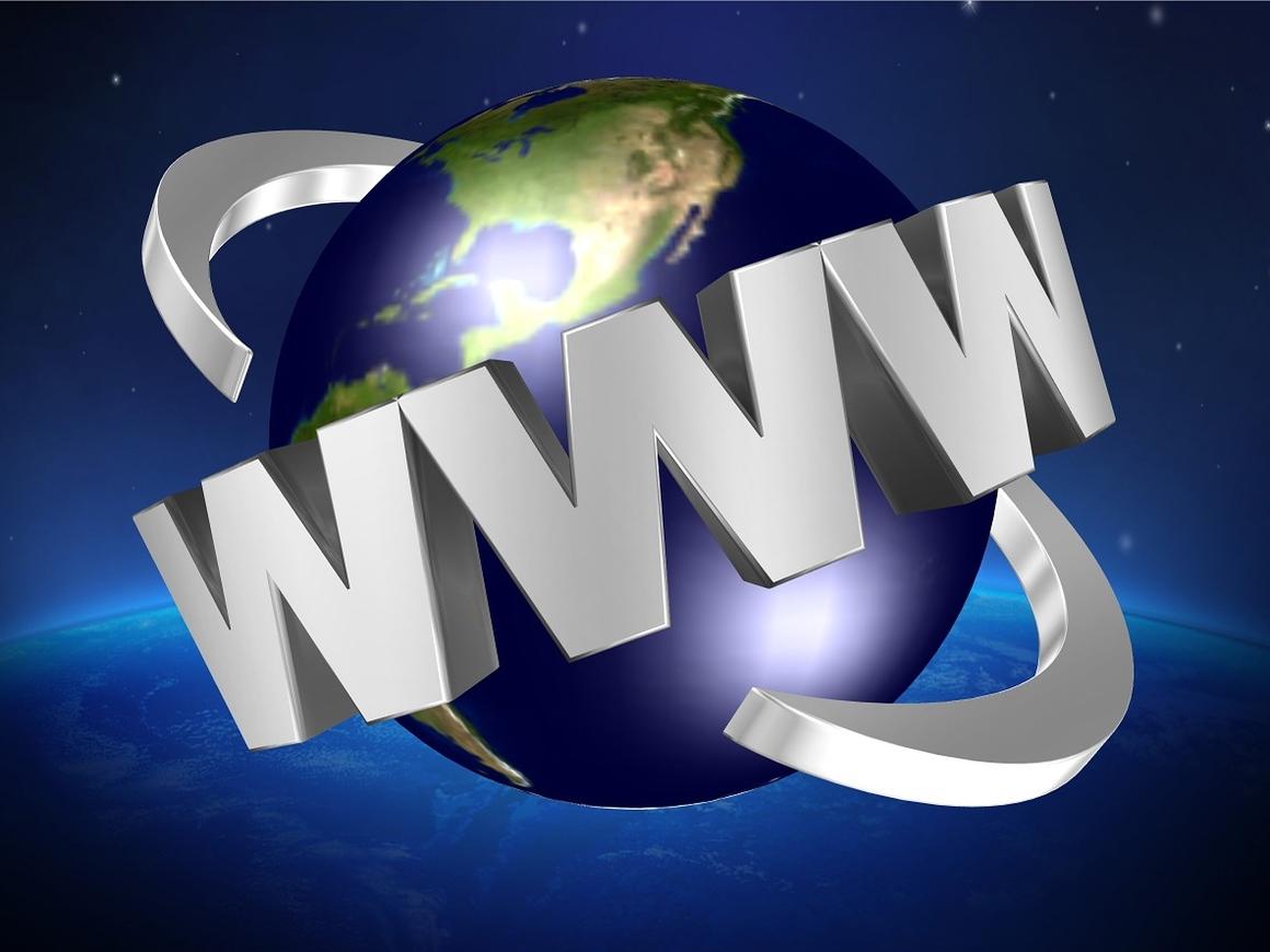 """""""Роскосмос"""" выйдет в """"Эфир"""": компания обещает всемирный доступ в интернет"""