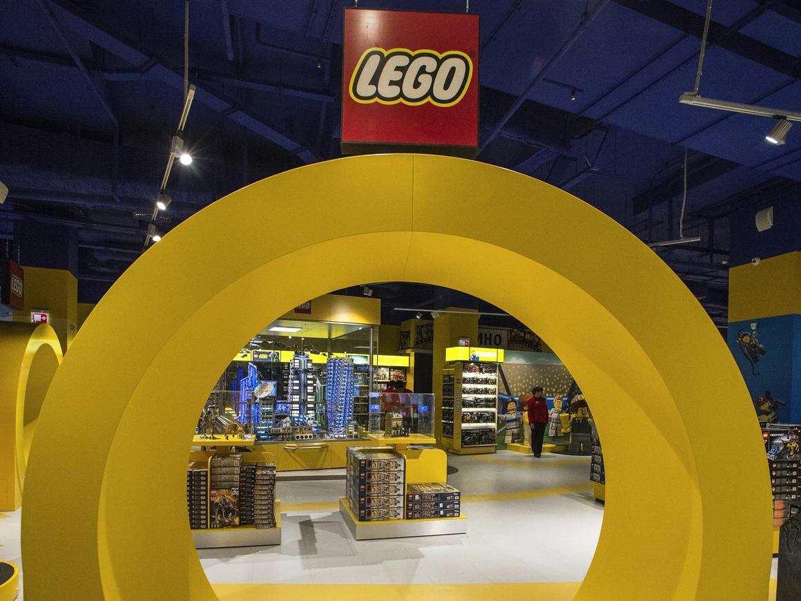 Lego City выпускает новый набор про раскопки, но ученые не рады
