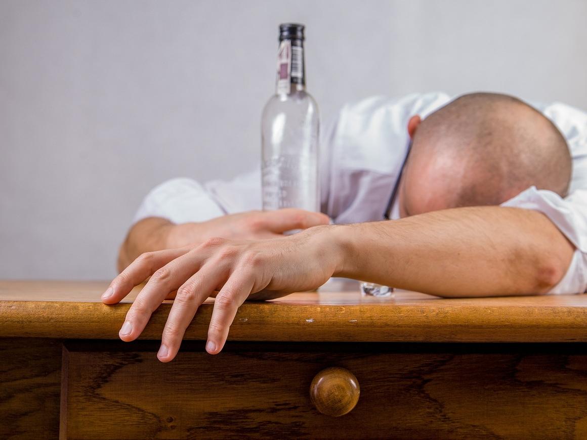 В Питере НЕ пить! На время ЧМ в северной столице введут алко-ограничения