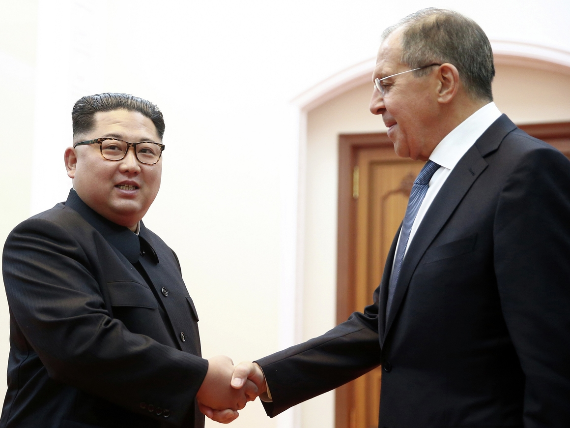Встреча, каких раньше не было! Глава МИД РФ в Северной Корее