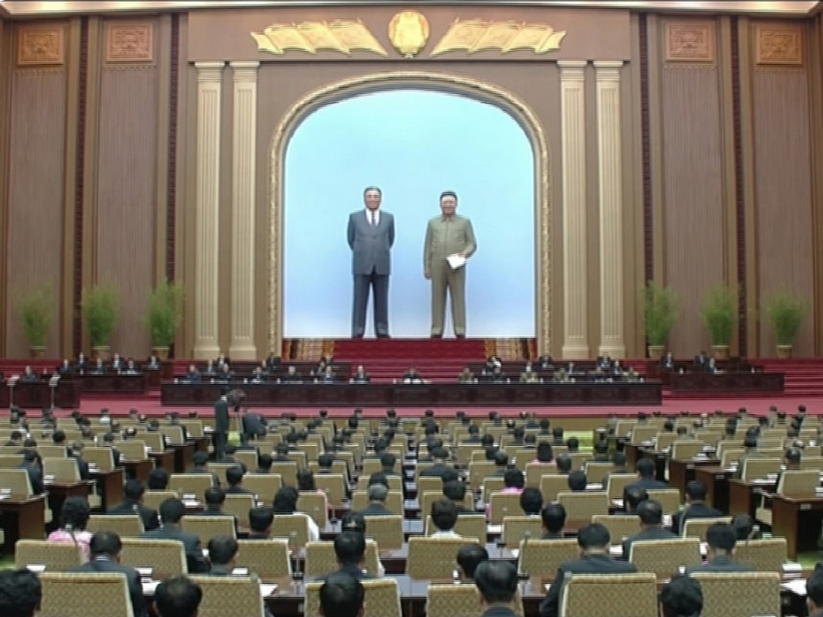 Хоть одним глазком - видео из Зала Собраний Хэ Мансудэ в Северной Корее