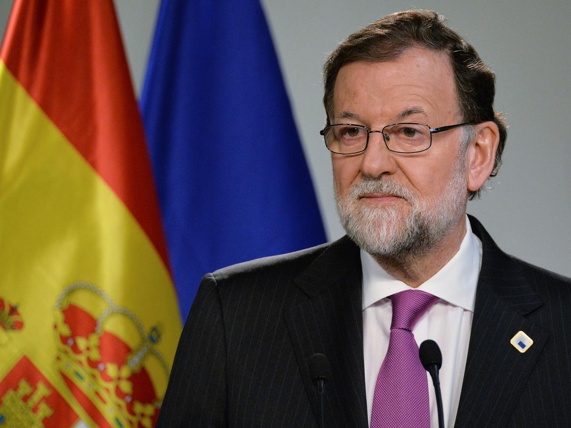 Впервые в истории Испании премьеру страны вынесли вотум недоверия