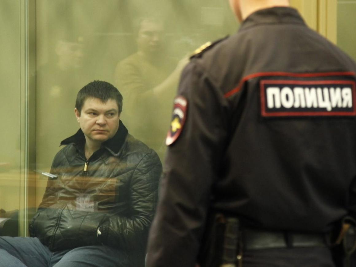 "Дело ""Цапков"": суд постановил вернуть жене бандита имущество"