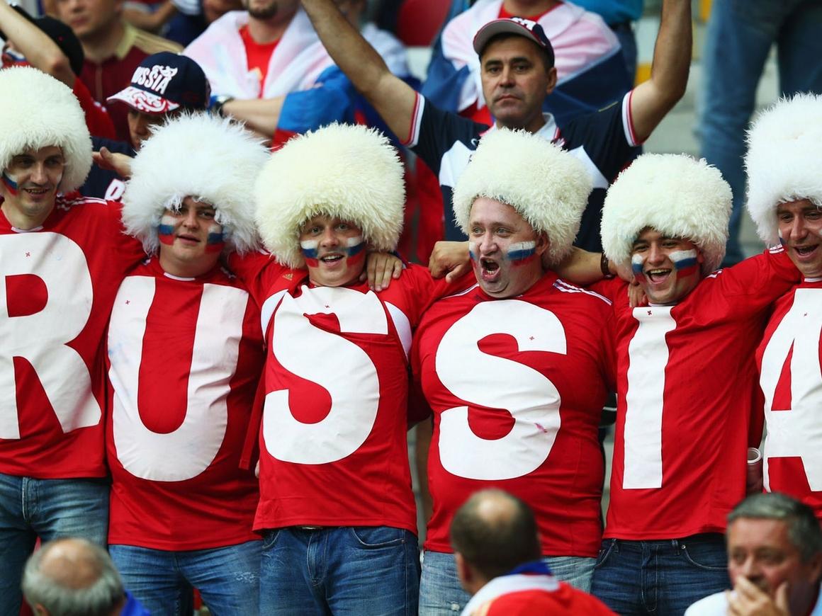 В Госдуме предложили сократить рабочий день в дни матчей сборной РФ