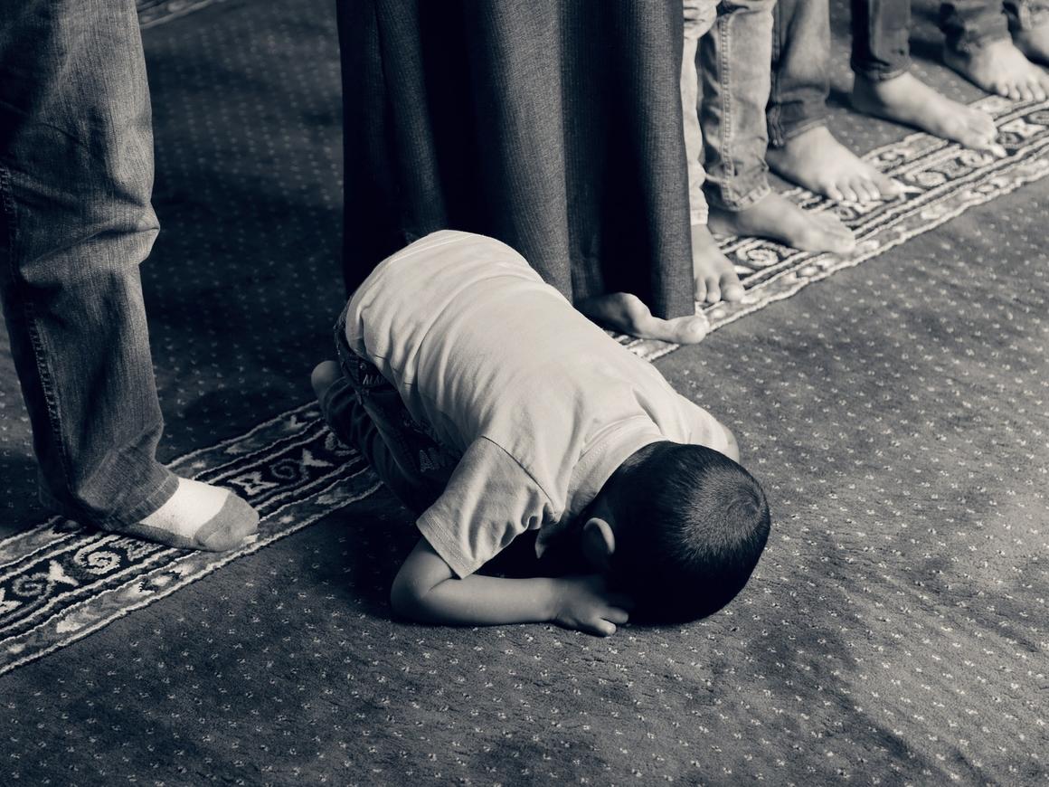 На выход: Австрия закрывает семь мечетей и готовит десятки имамов к высылке