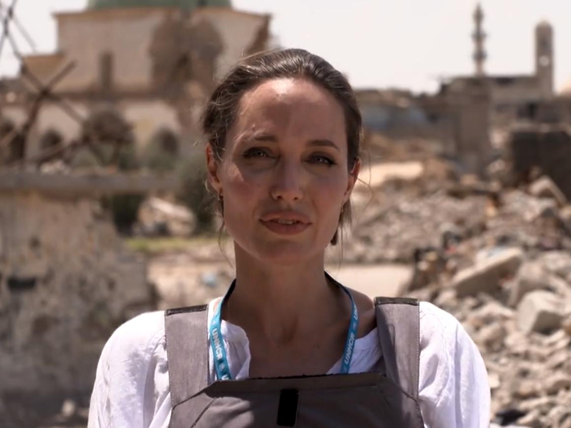 Анджелина Джоли посетила Мосул.Там всё очень плохо