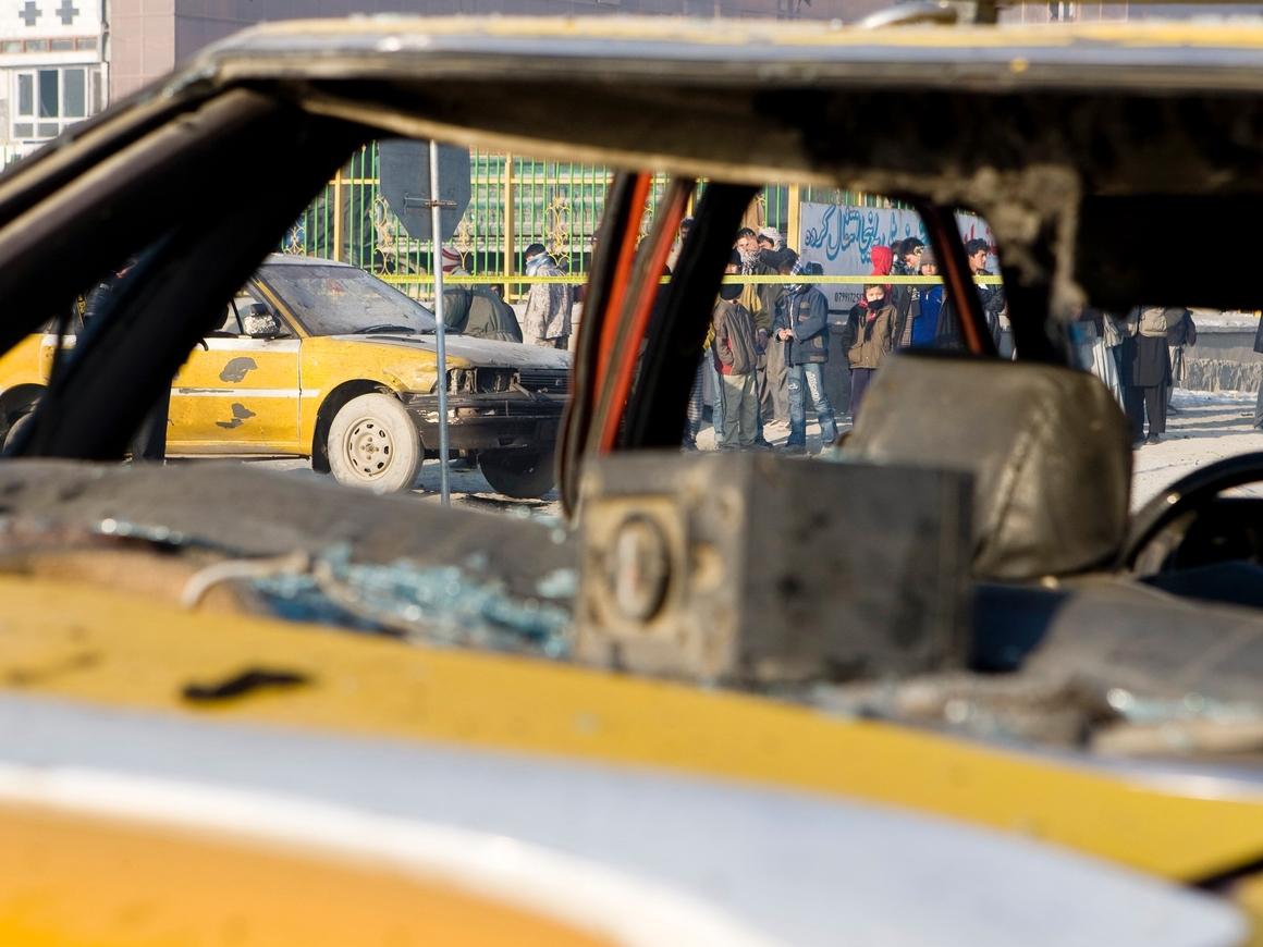 Взрыв во время праздника. В Афганистане ИГ устроило теракт