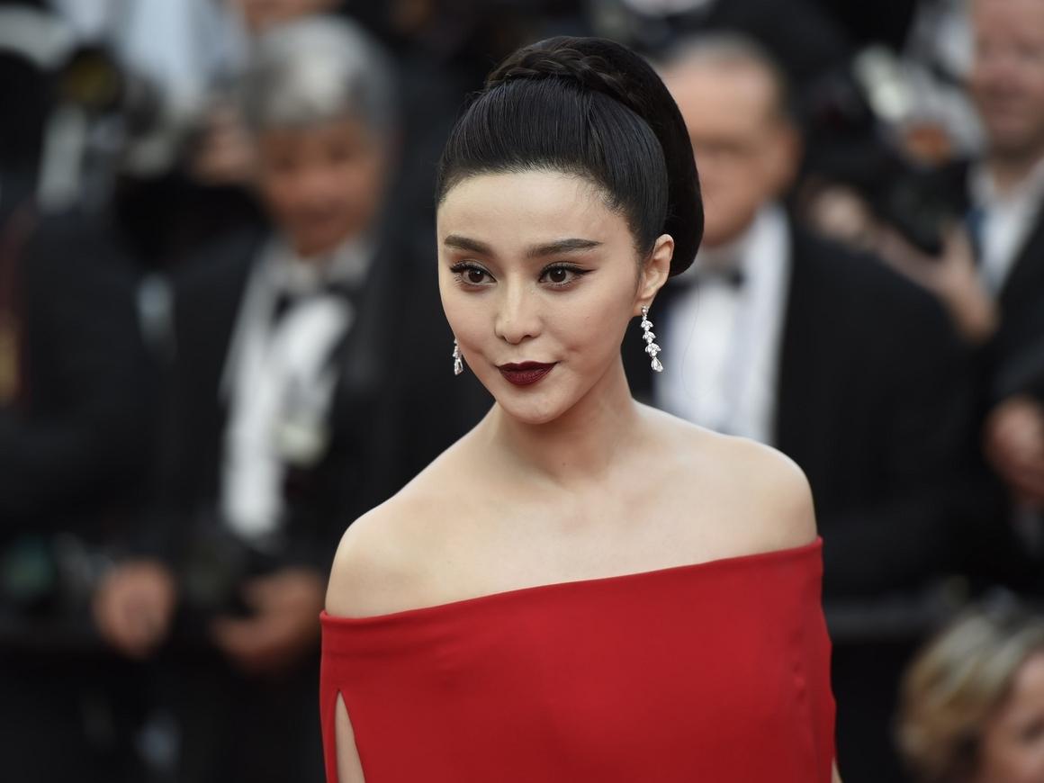Чтоб общественные ценности не извращали: в Китае режут зарплаты звёзд