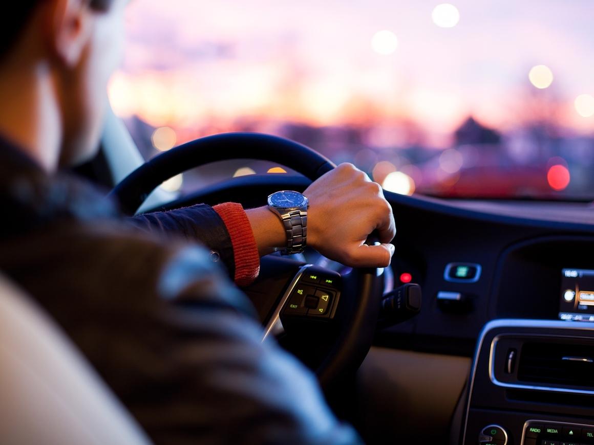 Сел за руль и тут же устал. Куда пропадает бодрость в любимом авто?