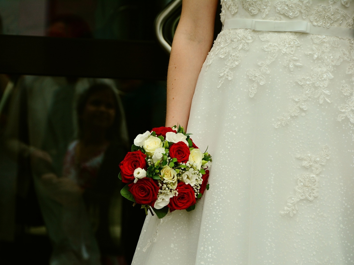 Никакого футбола! Невеста чуть не сорвала собственную свадьбу
