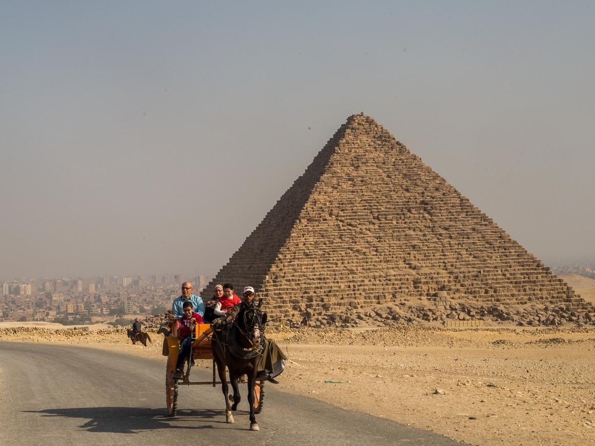 Туристку из Ливана осудили в Египте на 8 лет, потому что она оскорбила страну