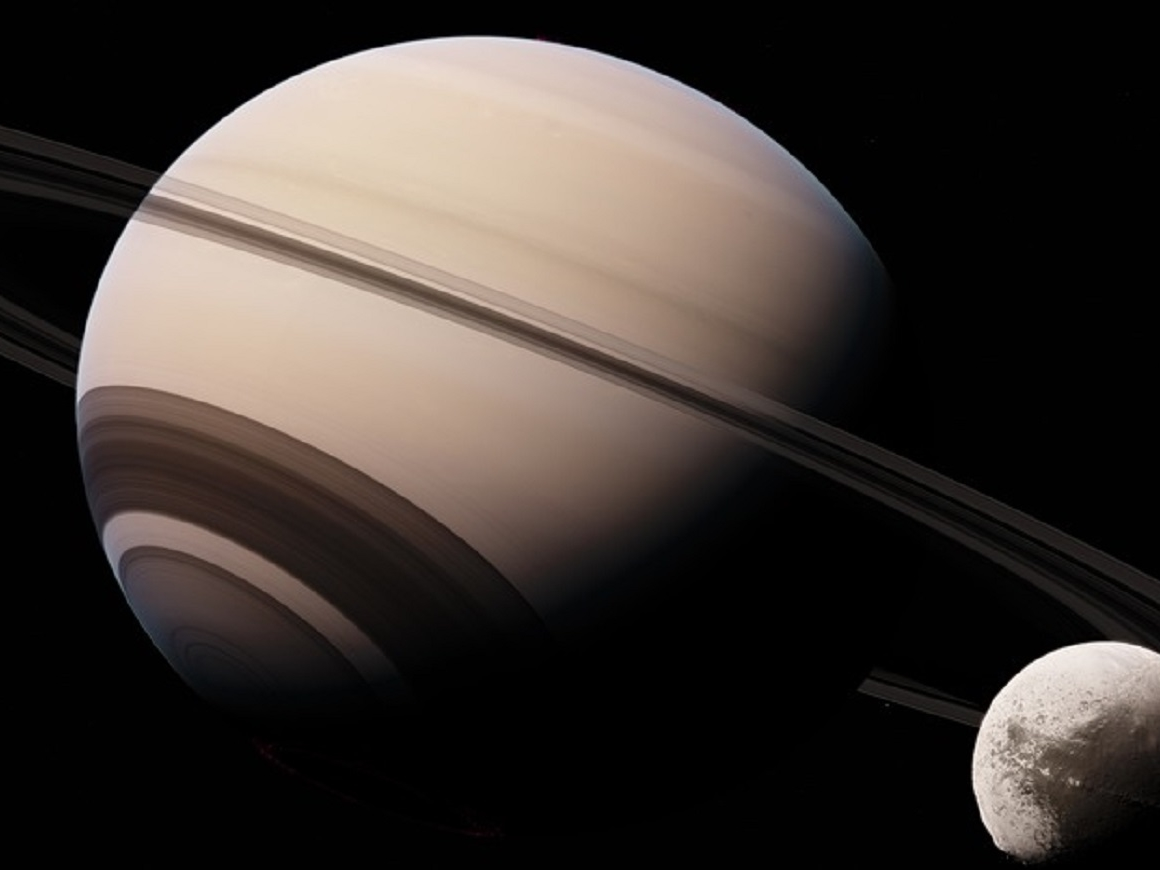 Сатурн болтает со своим спутником (аудио и видео)