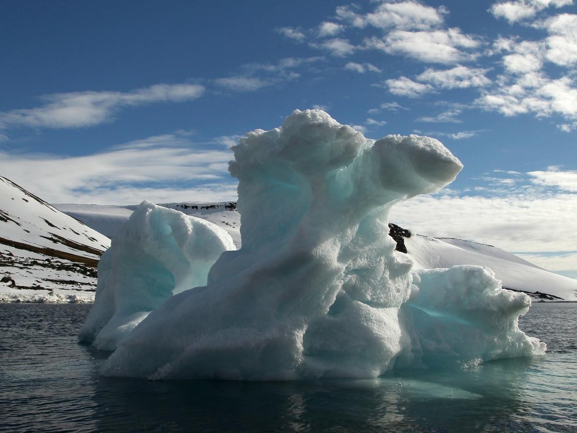 Лёд в Канаде стал таять быстрее: учёные говорят, скоро его вообще не останется