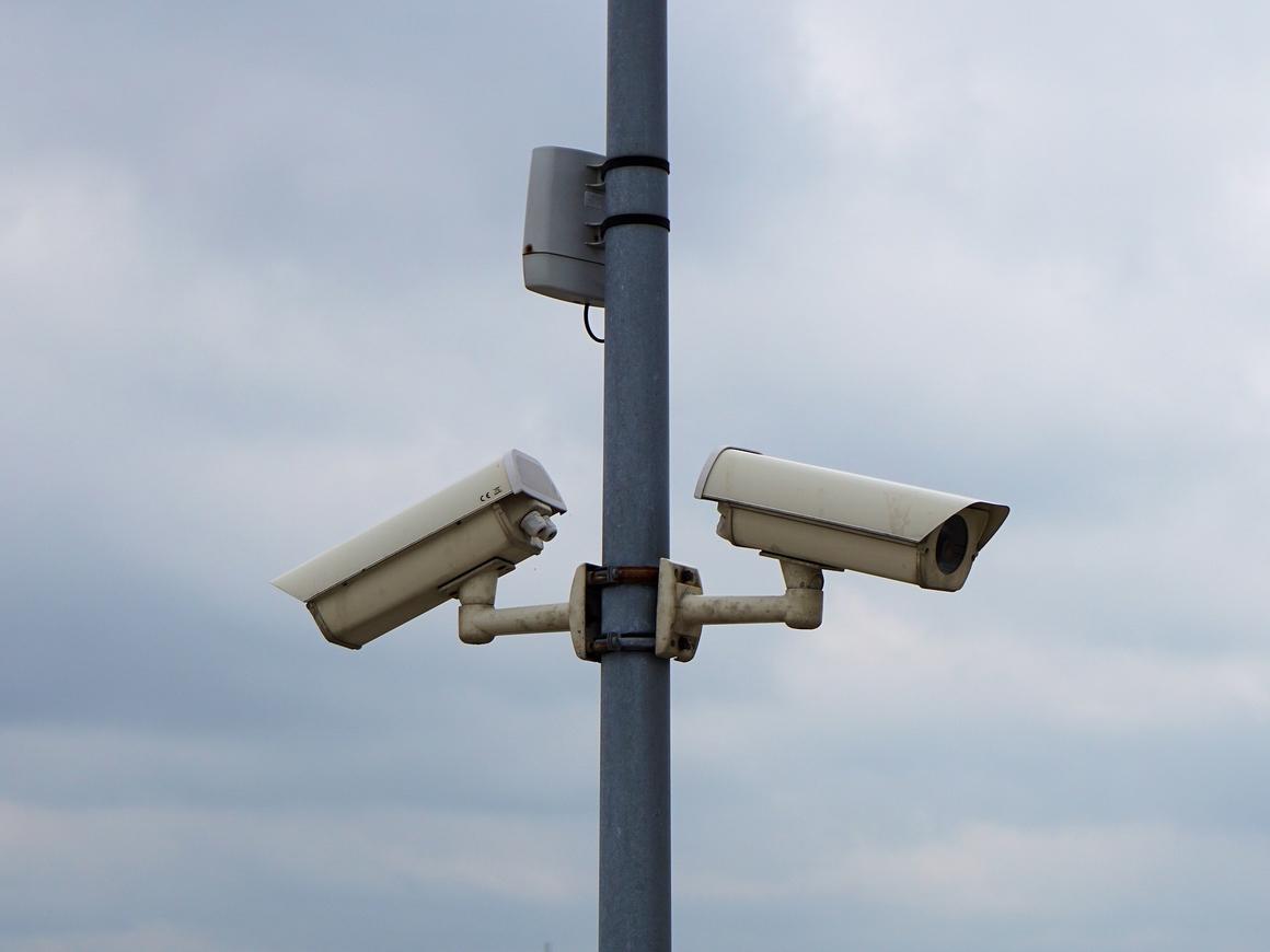 В США в школе вводят новую систему наблюдения, чтобы детей не расстреливали