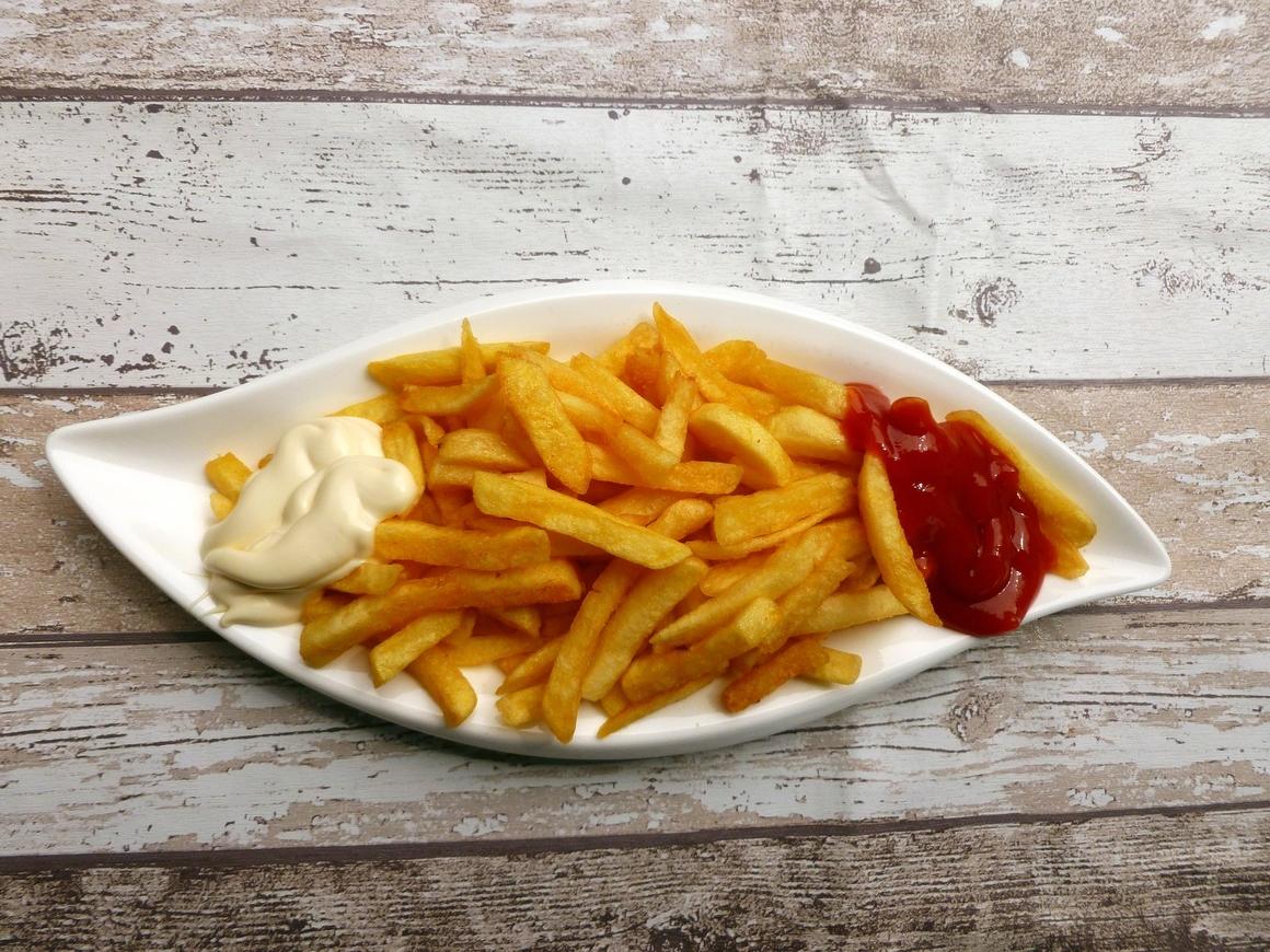 Жара продолжает портить немцам жизнь: на очереди любимый картофель фри