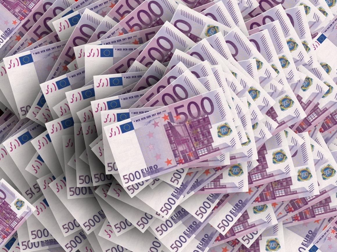 Надо было верить в победу! Китайская компания проиграла миллионы евро из-за ЧМ