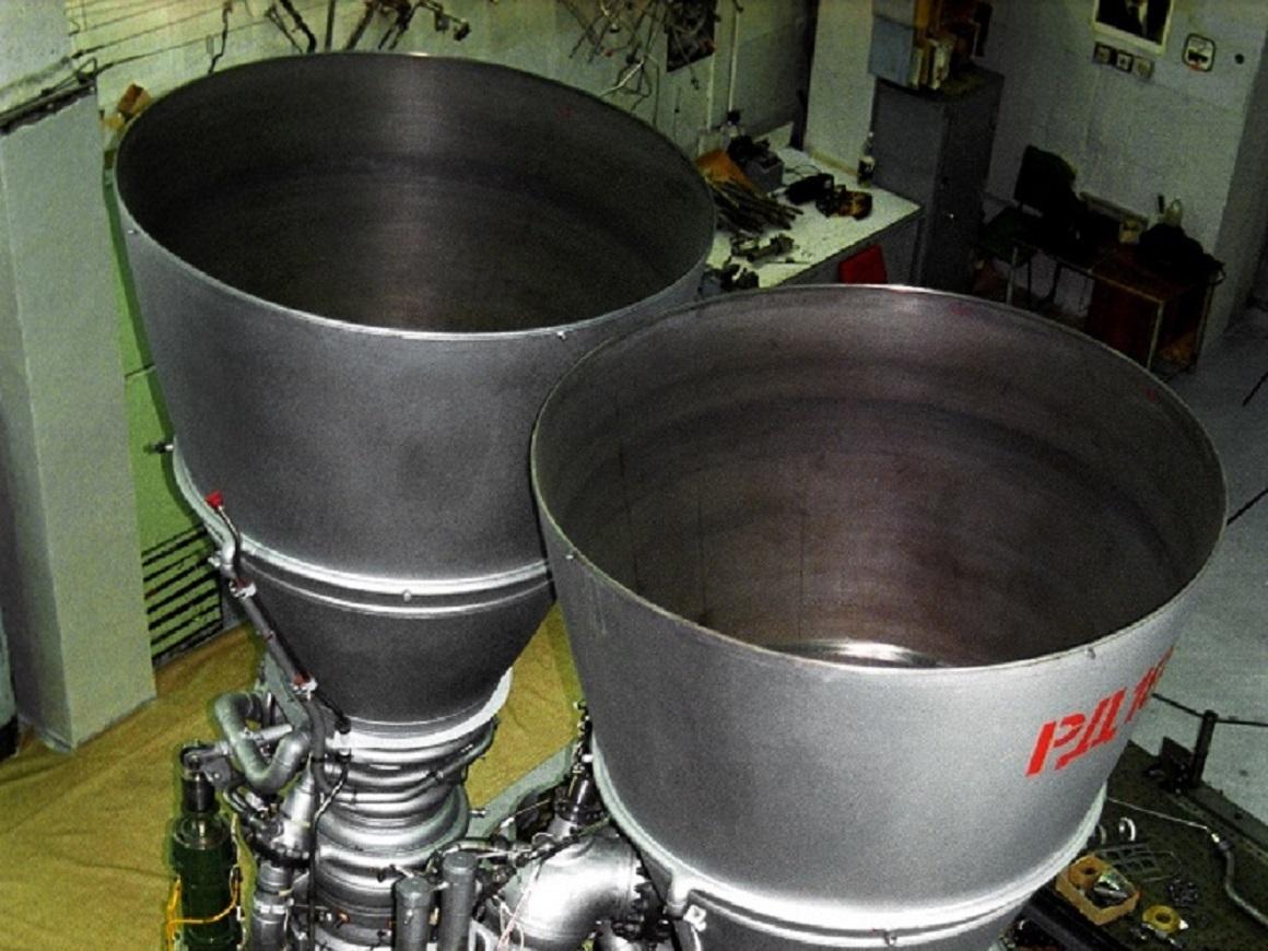 Своих ракетных двигателей всё ещё нет. Россия поставит США шесть РД-180