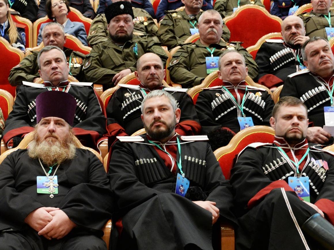 Мутко, казаки и стратегия развития - как всё это связано?