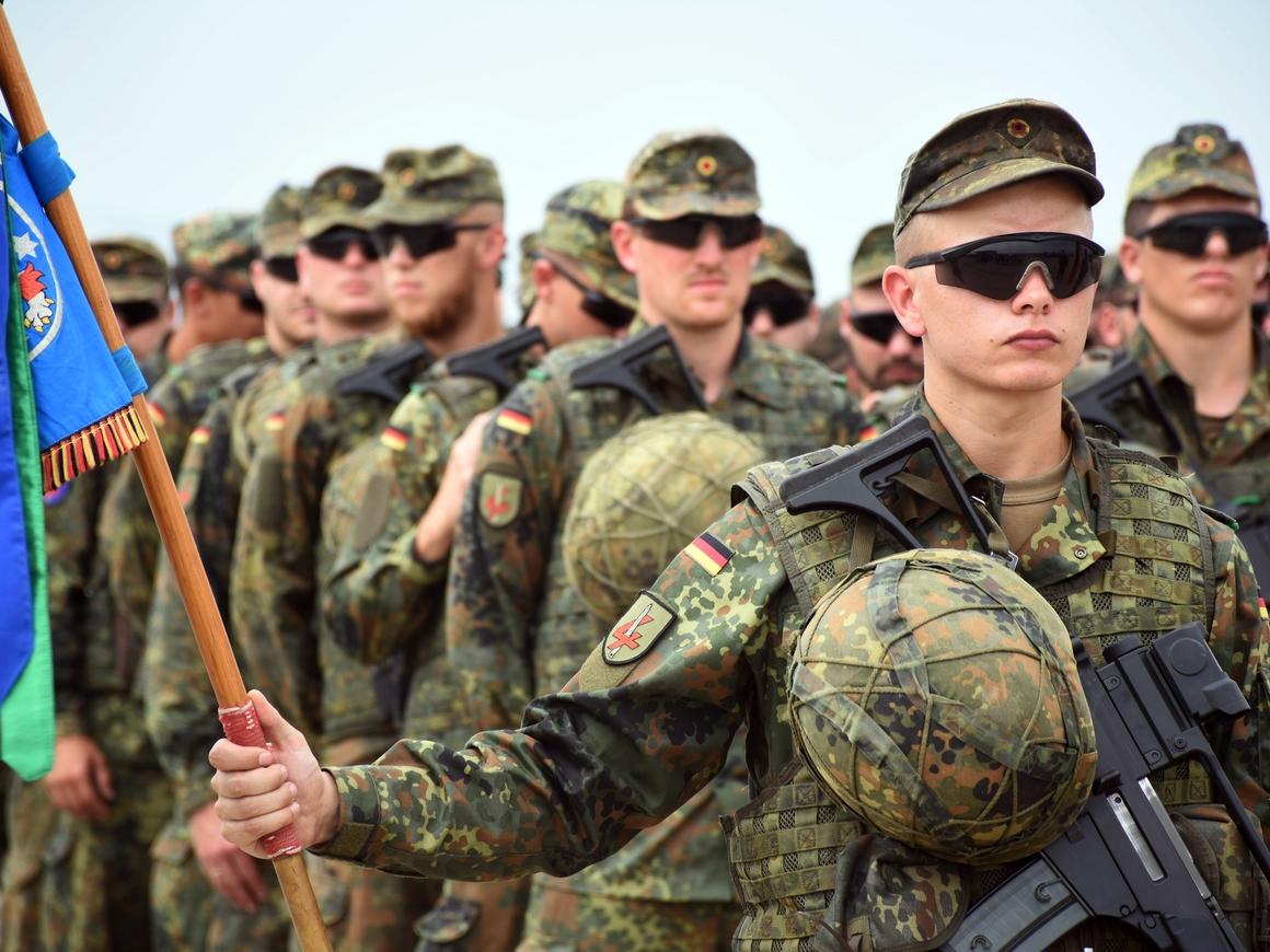 В Германии хотят взяться за старое и ввести обязательный призыв в армию
