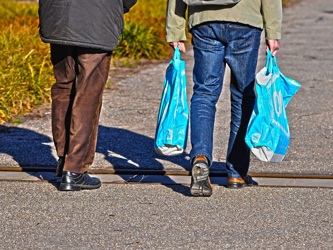 Новая Зеландия откажется от пластиковых пакетов, вообще полностью