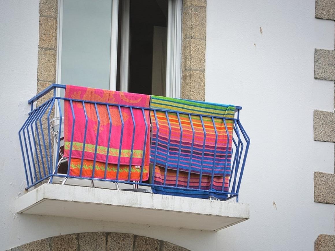Внимание к деталям: полиция вычисляет незаконных арендодателей по полотенцам
