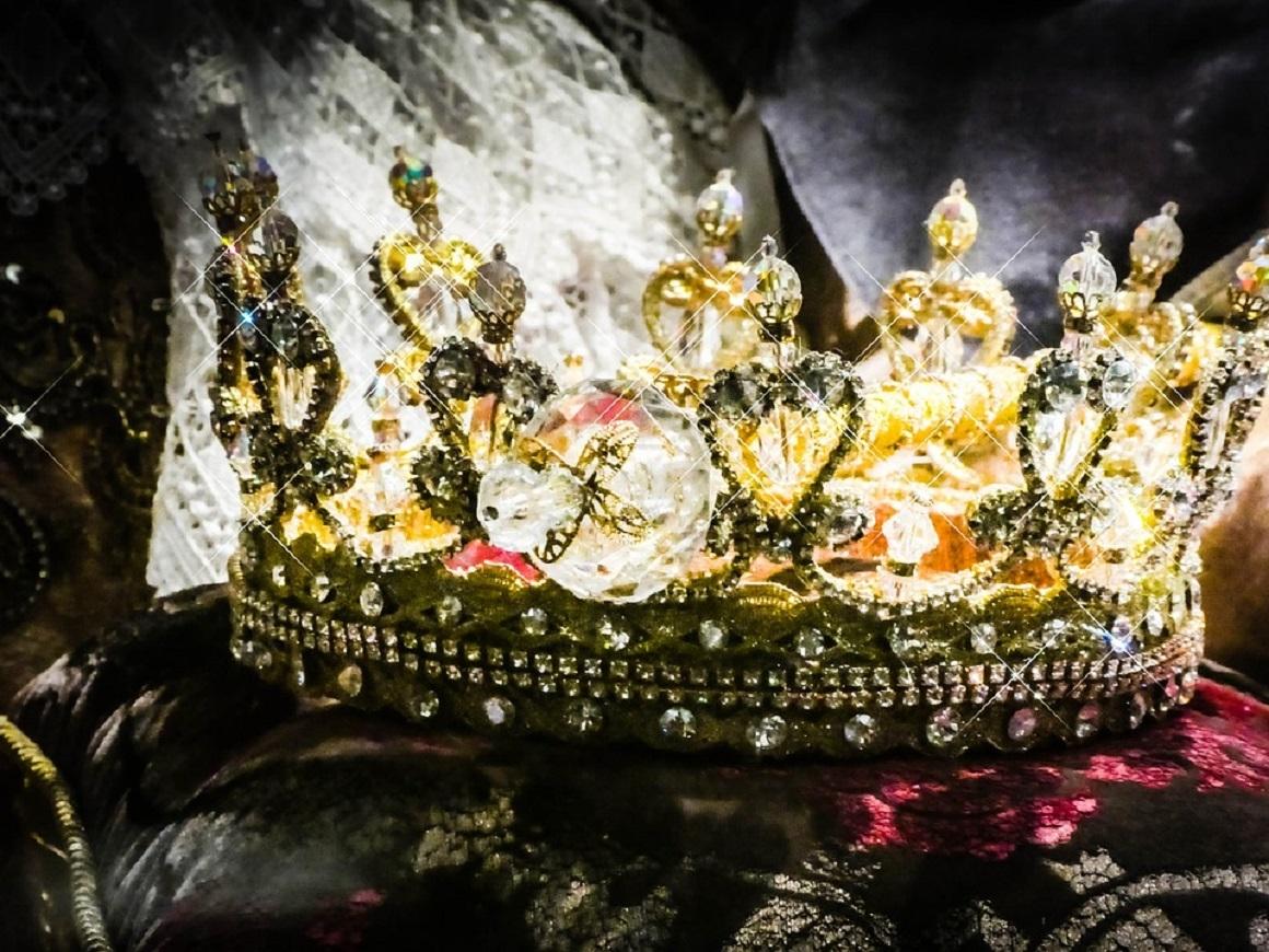 В Германии проблемы с королями и королевами: их не хватает, троны пустуют