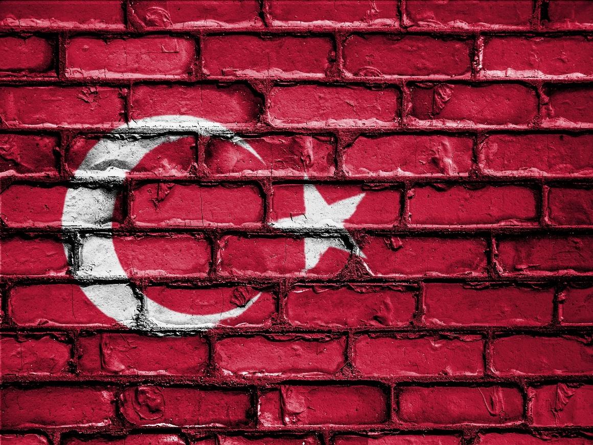 Ответный удар: Турция повысила пошлины на товары из США