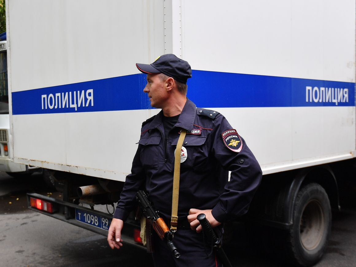Сдал преступника - получи награду: МВД теперь будет давать деньги за информацию
