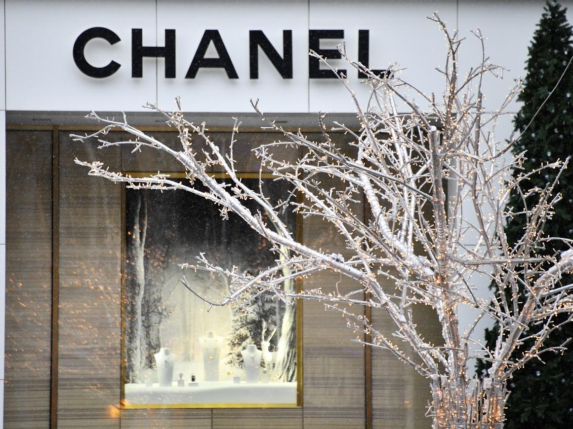Красота для всех: Chanel впервые представил косметику для мужчин