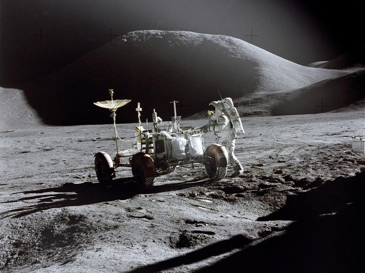 """Китай станет первой страной, которой откроется """"тёмная"""" сторона Луны"""