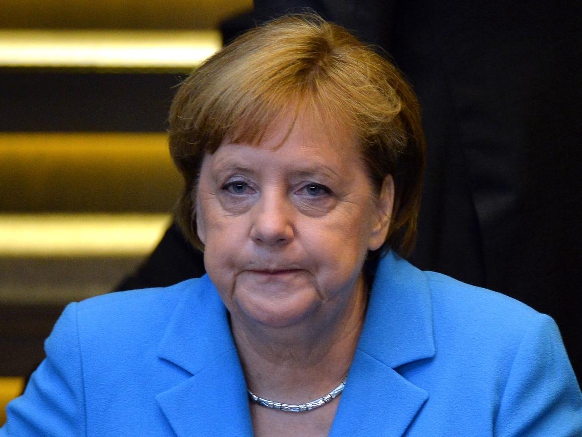 """Мигрантам пора домой: Ангела Меркель признаёт Грузию """"безопасной страной"""""""