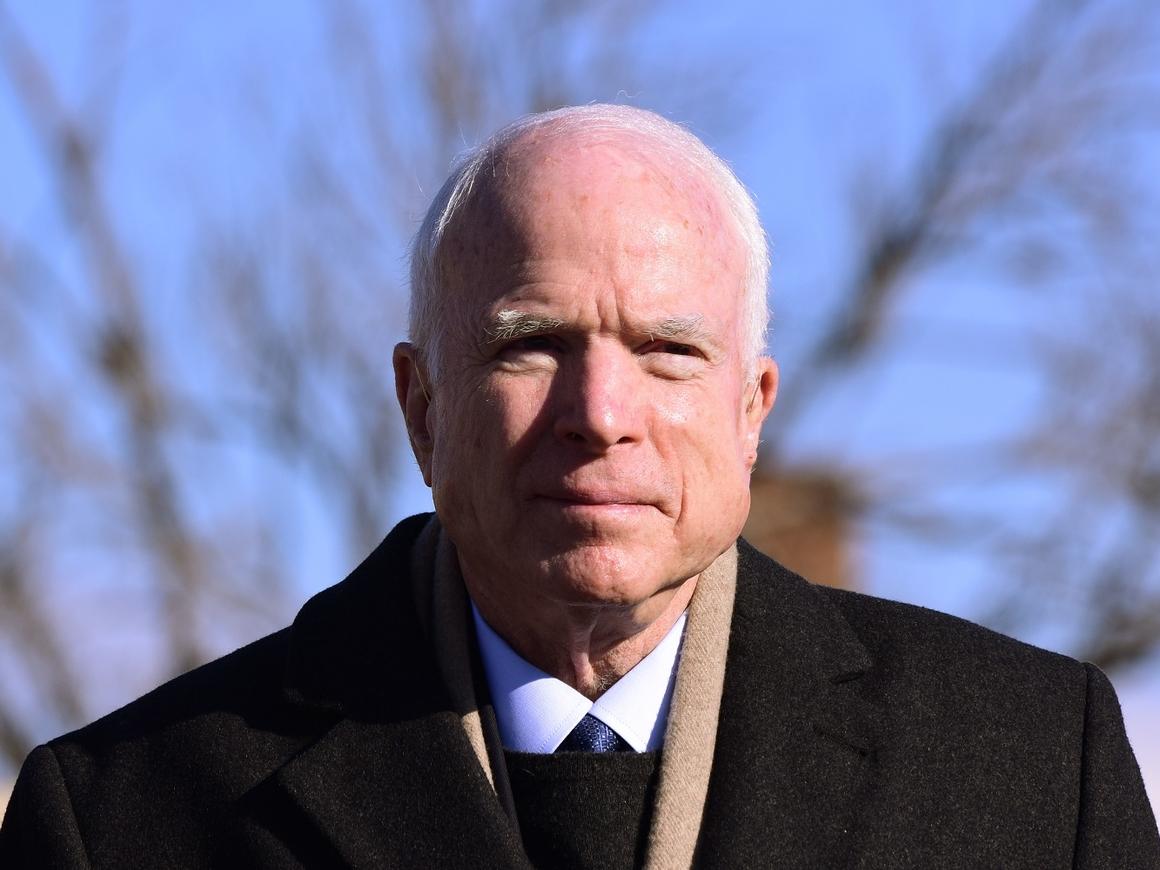 Умер Джон Маккейн. За 2 дня до смерти он отказался от лечения рака