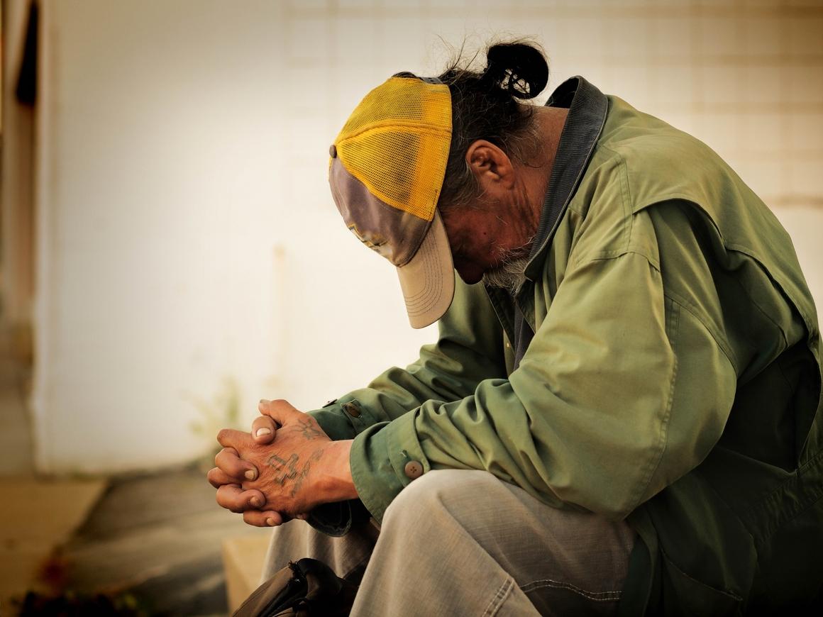 Грустный краудфандинг - в США собрали $400k для бездомного, но потратили их сами