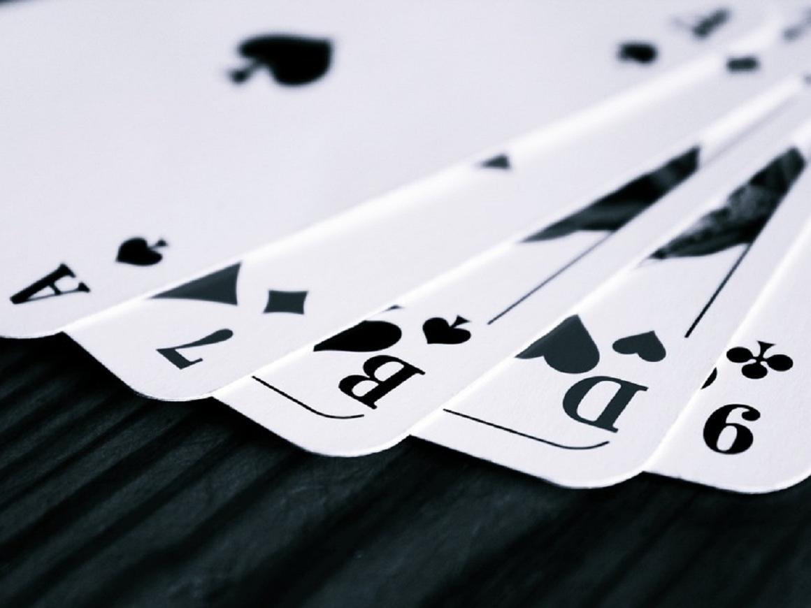 Игральные карты в тюрьме помогут раскрыть старые преступления