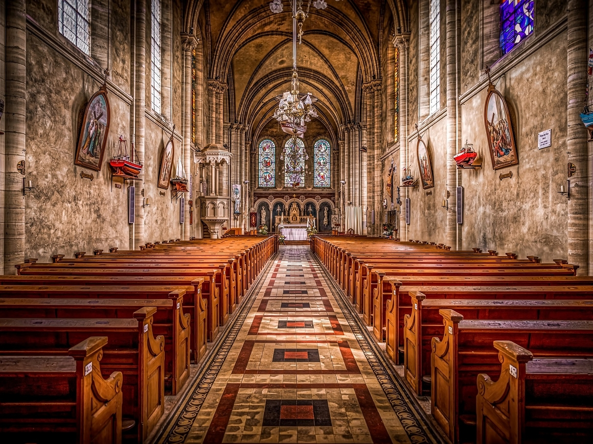 Американцы религиознее европейцев. Когда Трамп - президент, тут уверуешь