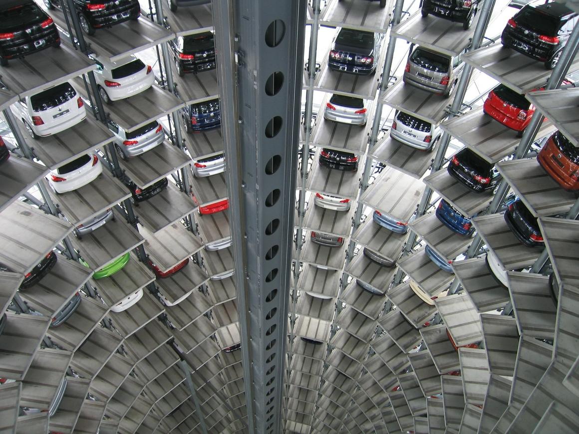Спрос на автомобили в РФ поддержат в 2019 году 10 миллиардами рублей