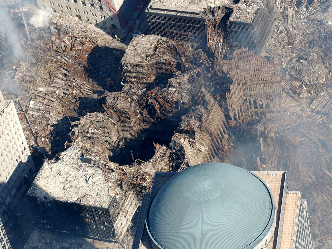 Помнит весь мир: В Нью-Йорке вновь открыли станцию метро 9/11 (фото)