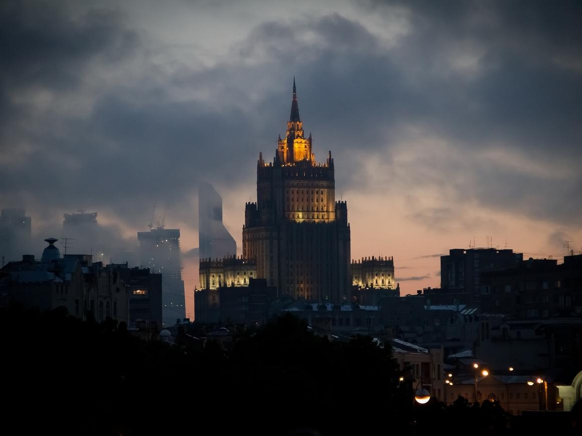 МГИМО не пройдёт: МИД Польши уволили всех, кто окончил российский ВУЗ